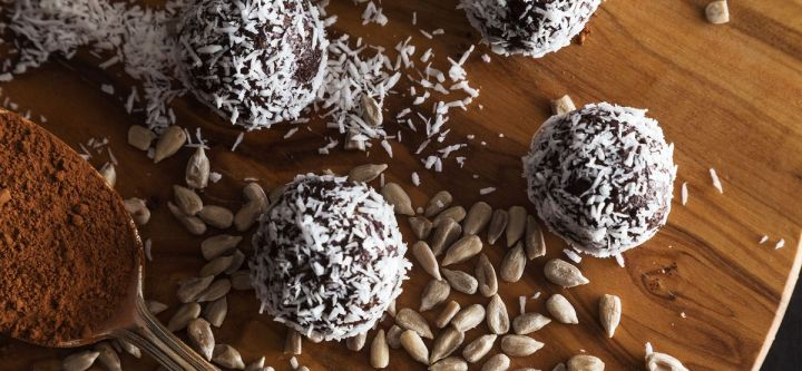 Zero Waste Recipe: Chocolate Coconut Energy Bites