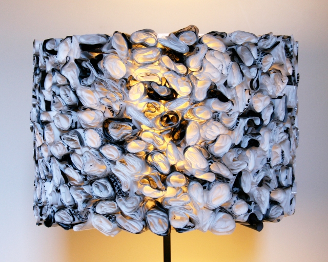 the3rsblog-ruffled-black-and-white-drum-shade-01