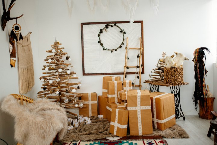Sustainable Online Shopping for the Holidays